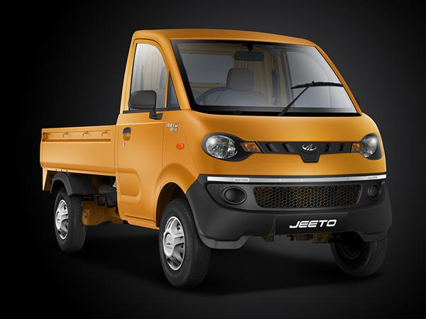 mahindra jeeto achieves 50 000 sales milestone in two years drivespark. Black Bedroom Furniture Sets. Home Design Ideas