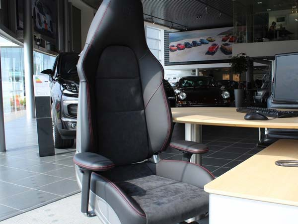 Awesome Porsche Office Chair Based On 911S Seats Costs Rs 4 22 Machost Co Dining Chair Design Ideas Machostcouk