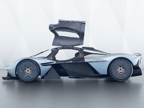 aston martin valkyrie revealed