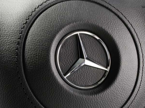 daimler recalls 3 million mercedes diesel cars