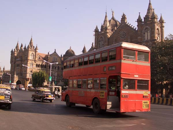 Government Plans To Introduce Double-Decker Luxury Buses Run On Alternative Fuel