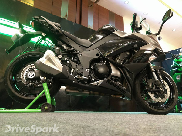 2017 Kawasaki Ninja 1000 Launched In India Launch Price Images