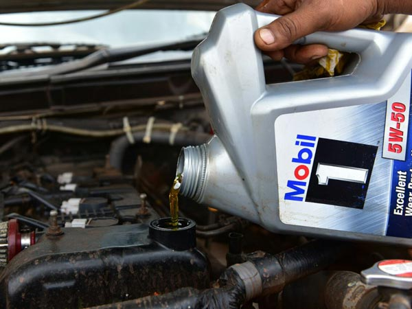 Mobil 1 oil is being used in cars attending the Dakshin Dare 2017 rally. Mobil is the official lubricant partner for all three of Maruti Suzuki's hallmark rallies through 2017 - Desert Storm, Dakshin Dare and Raid de Himalaya.