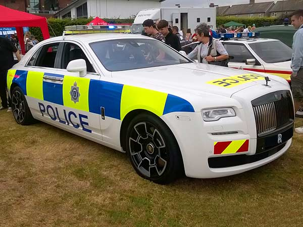 Rolls Royce Displays Police Car In The Uk For Sussex Police