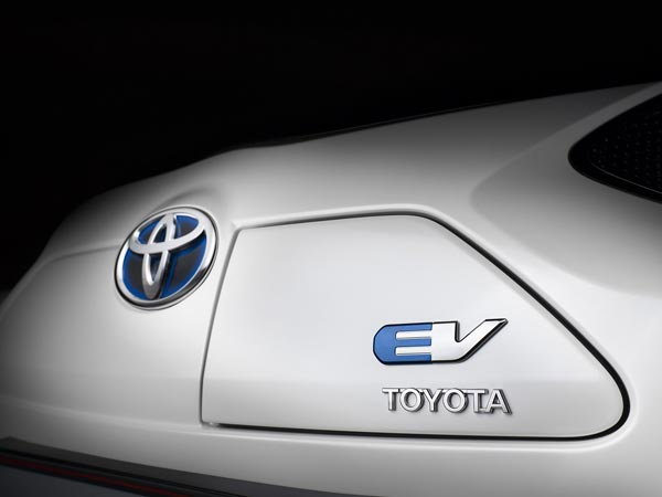 Toyota Developing Solid-State Battery For Long Range Electric Car