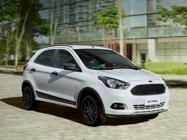 Spy Pics: Ford Figo Cross Spotted Testing In India
