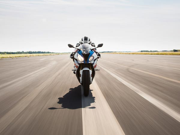 No New Bmw S1000rr For 2018 Reveales Carb Filings Drivespark News