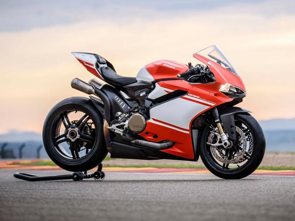 New Ducati V4 Engine To Be Revealed On September 7 | Here Are More Details About The Engine