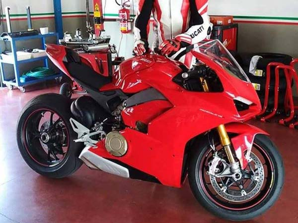 Ducati V4 Superbike Revealed In Leaked Images