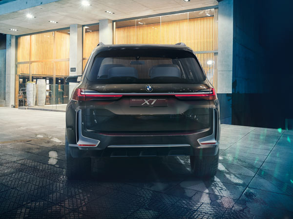 BMW X7 iPerformance Concept Revealed