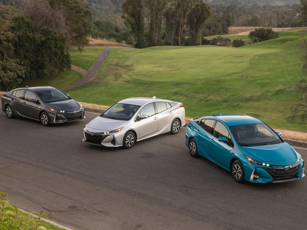 Toyota Plans To Introduce Electrified Vehicles