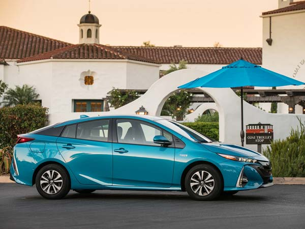 Toyota Reveals Its Electric Car Plans In India Drivespark News