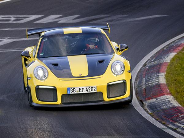 Porsche 911 GT2 RS Sets Nurburgring Lap Record - DriveSpark News