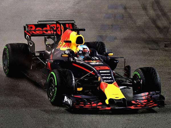 Aston Martin Title Sponsor For Red Bull In 2018