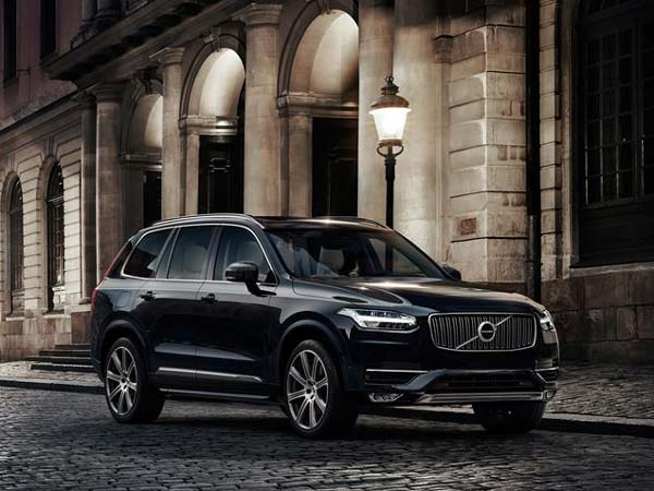 Volvo Rolls Out First 'Made In India' XC90 From Bangalore Plant