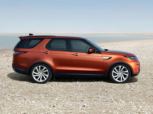 land rover discovery launched in india launch price specifications features images. Black Bedroom Furniture Sets. Home Design Ideas