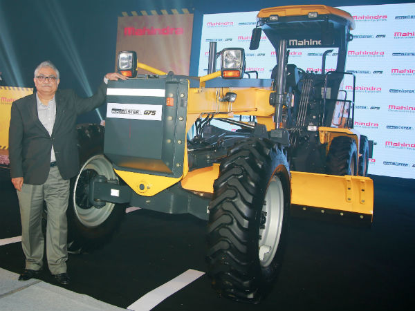 Mahindra Enters Road Construction Equipment Segment; Launches RoadMaster G75