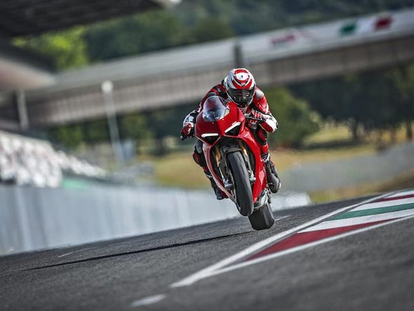 Ducati Panigale V4 Unveiled Ahead Of EICMA