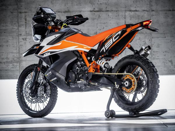 EICMA 2017: KTM 790 Adventure Prototype Revealed