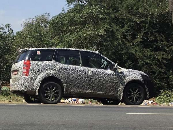 Spy Pics Mahindra Xuv500 Facelift Spotted Testing In India