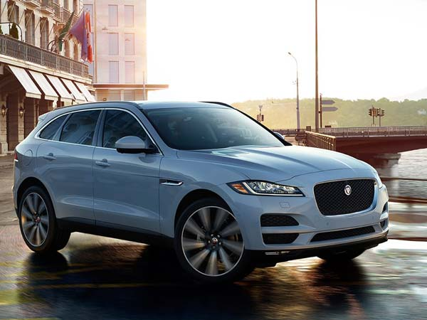 jaguar f pace launched in india launch price specifications features images drivespark news. Black Bedroom Furniture Sets. Home Design Ideas