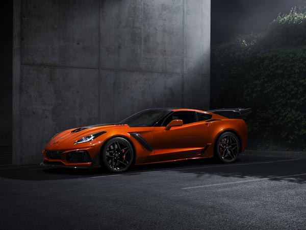 2019 Chevrolet Corvette ZR1 Revealed — Fastest & Most Powerful Production Corvette Ever