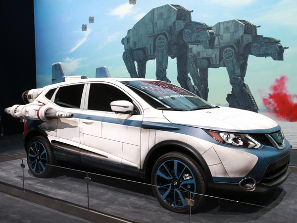 2017 Los Angeles Auto Show: Nissan Star Wars Theme Concept Cars Unveiled