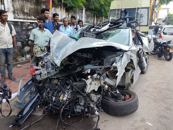 India's First Skoda Octavia RS Crash — Brutal Accident Kills One, Leaves 3 Injured