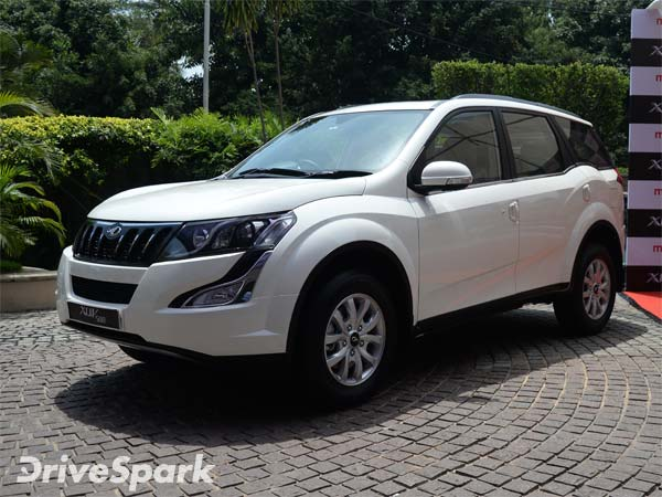 Spy Pics Mahindra Xuv 500 Facelift Spotted Testing