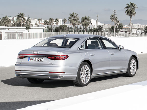 2017 Los Angeles Auto Show: New-Generation Audi A8 Unveiled