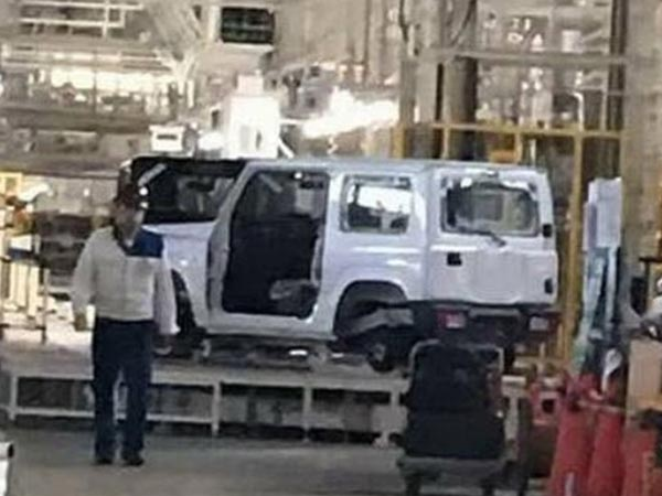 2018 Suzuki Jimny Spied In Japan; Facts, Rumours And Images.