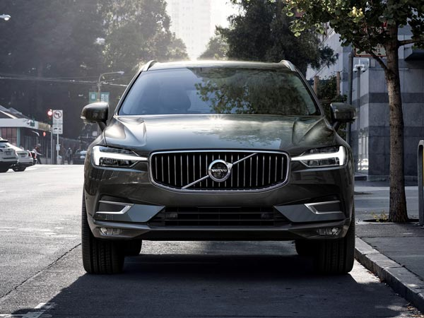 Volvo XC60 available for medium-term rental through Meridian