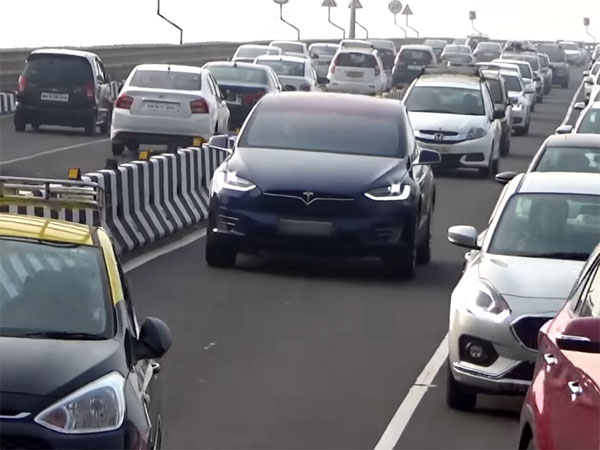 Watch This Tesla Model X In Action On The Indian Roads ...