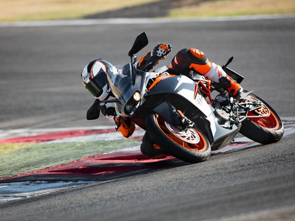 Spy Pics: 2018 KTM RC 390 Spotted Testing In India