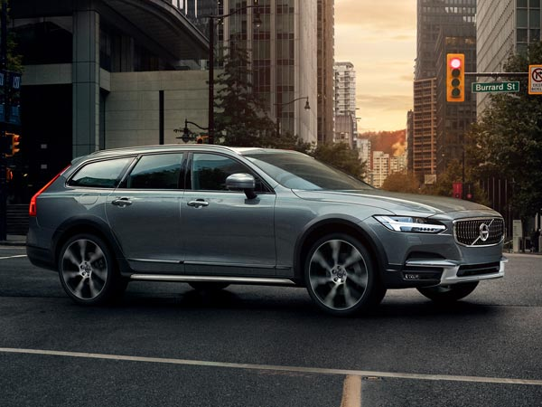 Volvo To Assemble V90 Cross Country In India