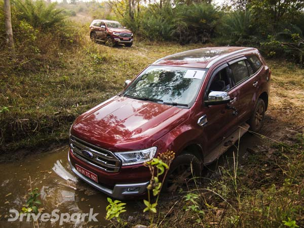 Ford Endeavour 2.2-Litre Titanium Variant Gets Sunroof Option