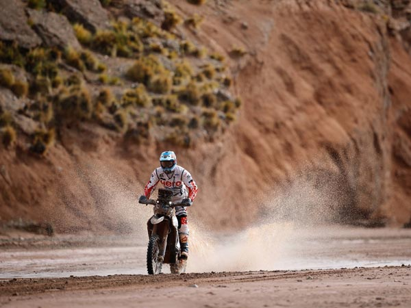 France's Peterhansel wins Dakar Rally 8th stage