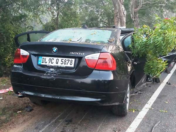 Bmw 3 Series Accident In Odisha Details Images Drivespark