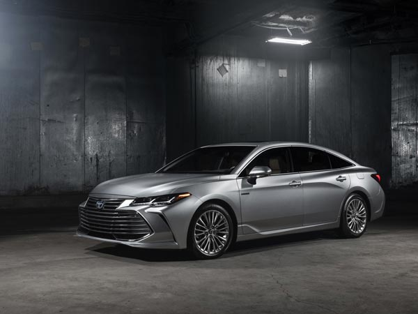 2018 Detroit Auto Show New Toyota Avalon Revealed