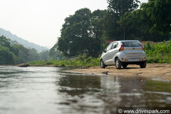 Review: Datsun redi-GO 1.0 AMT First Drive