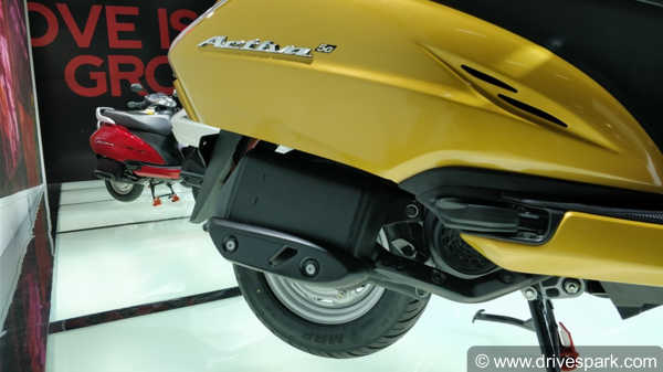 Honda Activa 5G Top Features You Should Know: LED Headlights, New Speedometer, 4-in-1 Locking & More