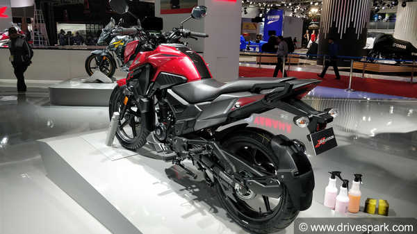 Honda X-Blade First Look Review — Design, Specifications, Features And Expected Launch & Price