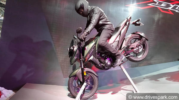 Honda Xblade Revealed For The First Time