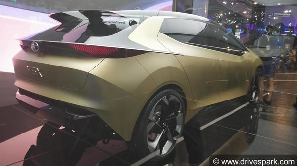 Auto Expo 2018: Tata 45X Premium Hatchback Concept Revealed - Expected Launch Date, Features & Images