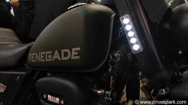 UM Renegade Duty S Top Features: Rugged Design, LED-Strip On Forks, Digital+Analog Console & More