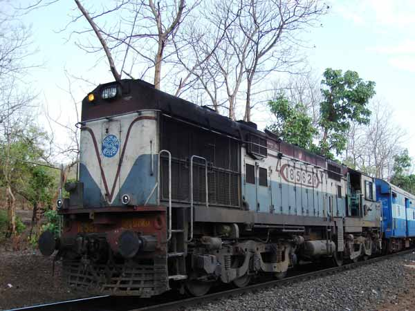 Why Are Diesel Trains Never Turned Off? — Yes, Diesel Train Engines Are Always ON!