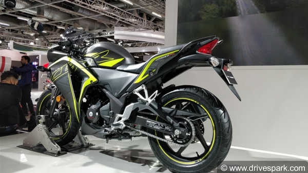 top best bikes scooters at auto expo 2018 launches unveils and concepts drivespark news. Black Bedroom Furniture Sets. Home Design Ideas