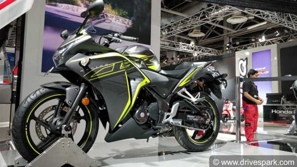 auto expo 2018 new honda cbr 250r unveiled expected launch price specifications features. Black Bedroom Furniture Sets. Home Design Ideas