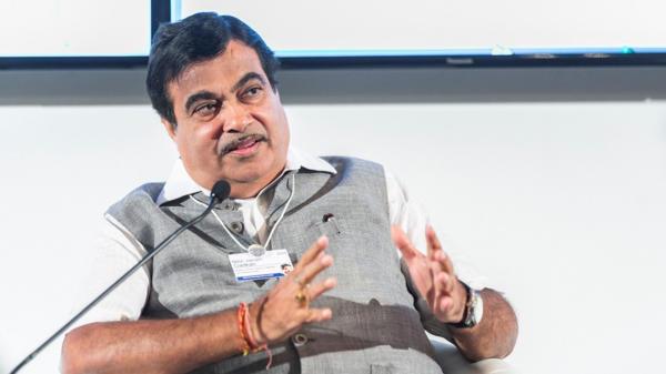 Gadkari inaugurates EV chargers at NITI Aayog