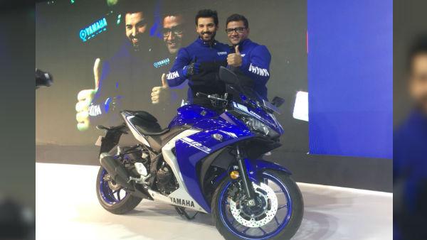Auto Expo 2018: John Abraham Launches New Yamaha R3 At Rs 3.48 Lakh